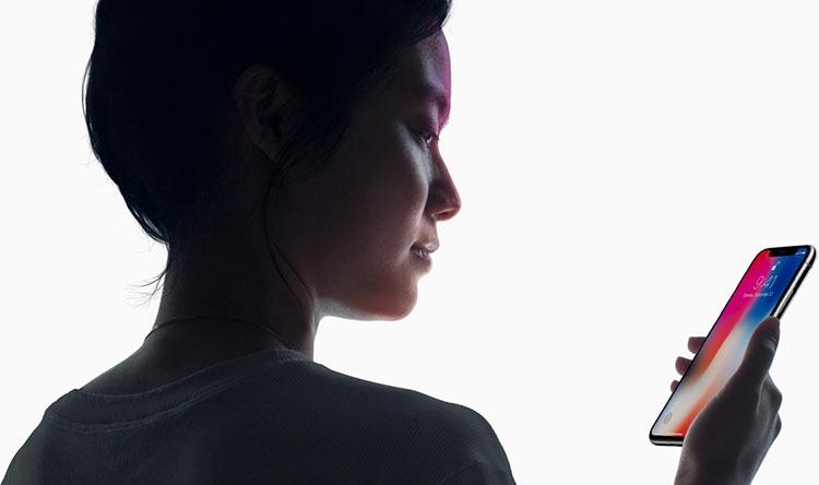 Слухи: новый iPhone с ЖК-экраном задержится на два месяца