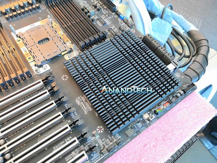 Ужасы Computex 2018: 29 фаз питания для 28-ядерного Xeon