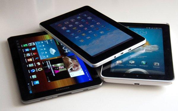 «Эволюция блокнота»: Intel продемонстрировала «бумажный» планшет с двумя экранами