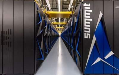 В США создали самый мощный в мире суперкомпьютер Summit