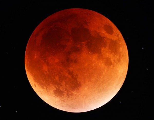 Две Луны смогут увидеть в июле амурчане