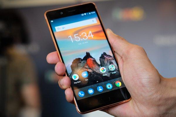 В Nokia объявили о выпуске смартфона с дактилосканером и выдвижной камерой