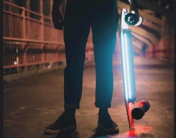Xiaomi представила электроскейтбордActon Smart Electric Skateboard