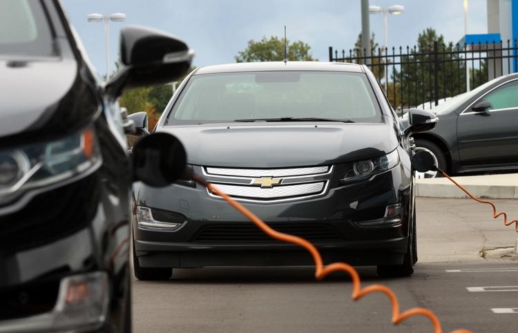 GM и Honda создадут батареи нового поколения для электромобилей