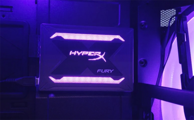Computex 2018: новые SSD-накопители HyperX Fury получили RGB-подсветку