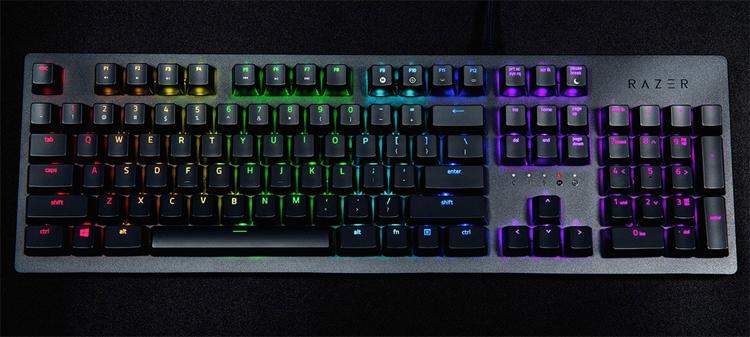 Игровые клавиатуры Razer Huntsman обеспечивают мгновенный отклик