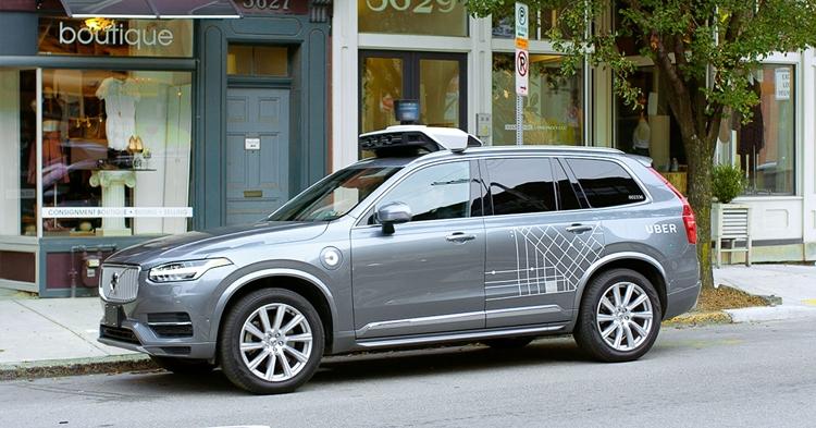 Самоуправляемые автомобили в Калифорнии начнут перевозить пассажиров