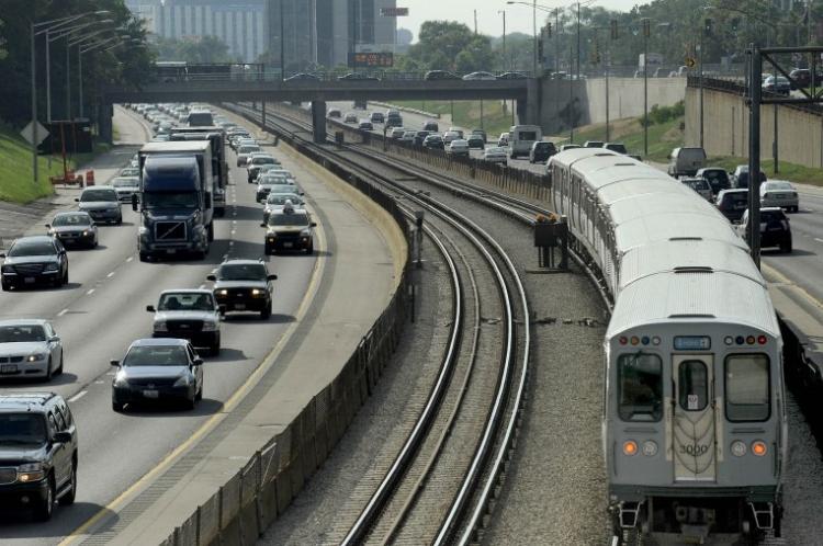 Компания Илона Маска проложит тоннель для скоростного поезда в Чикаго