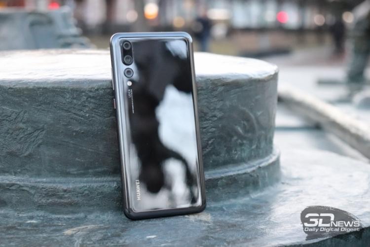Huawei сместила Samsung с первого места по продажам смартфонов в России