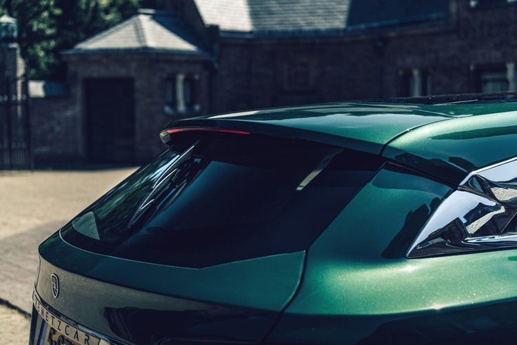 Фото дня: спорт-универсал на базе электрокара Tesla Model S