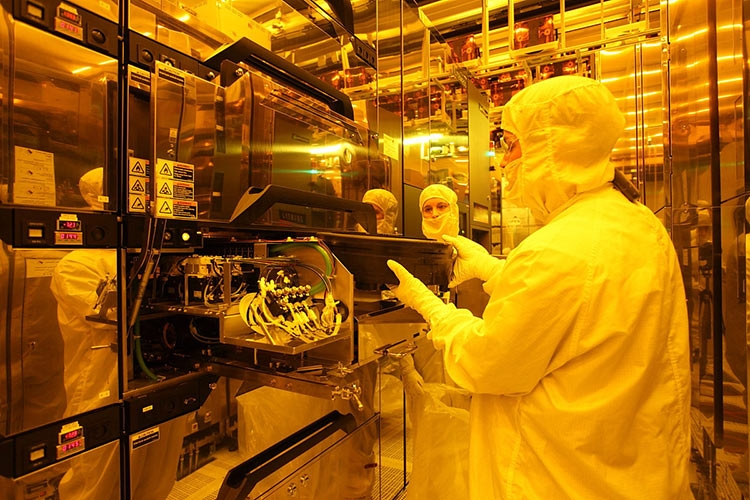 Intel и Micron откажутся от партнёрства 3D XPoint в 2019 году