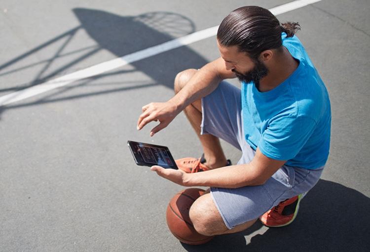 Официально: будущие iPhone не будут использовать LTE-чипы Qualcomm