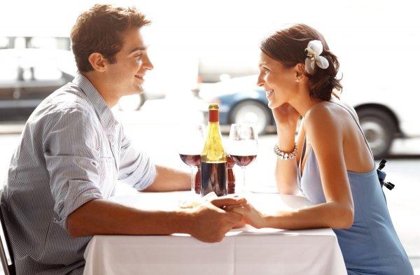 Ученые рассказали, какая еда создает романтическое настроение