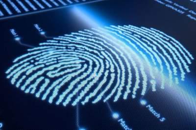 Новый сканер отпечатков пальцев отличит мертвеца отживого