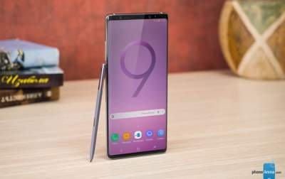 Появился официальный снимок нового фаблета Samsung