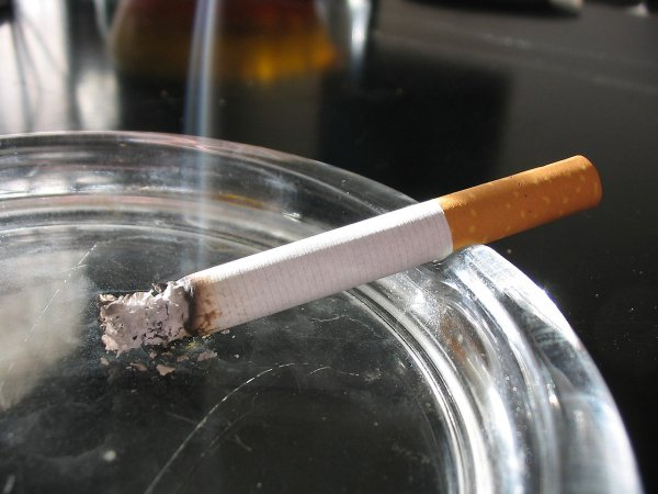 Ученые: Курение приводит к развитию аритмии