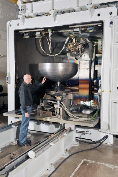 В Lockheed Martin впервые напечатали на 3D-принтере титановую деталь для спутника NASA
