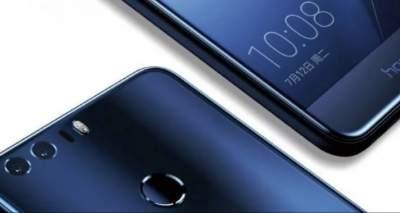 В Cеть попали в новые «живые» снимки Huawei Honor Note 10