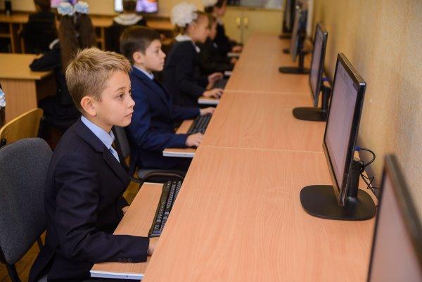 Школьники научатся создавать роботов благодаря компьютерной игре