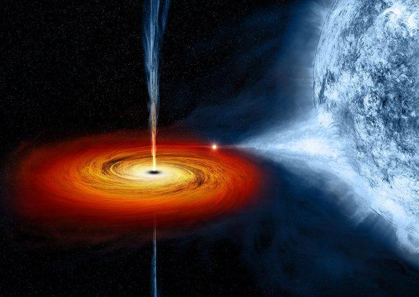 NASA: Несчастную звезду чёрная дыра пожирает более десяти лет