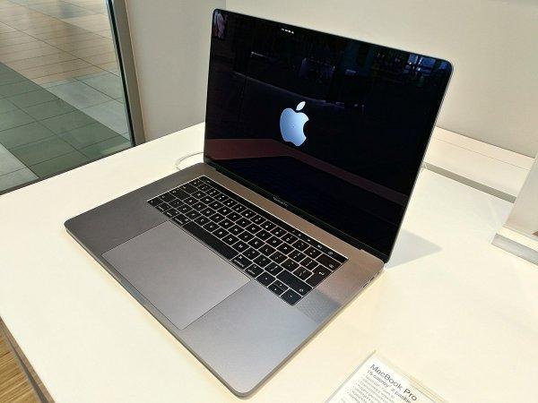 Apple извинились за проблемы с Macbook Pro