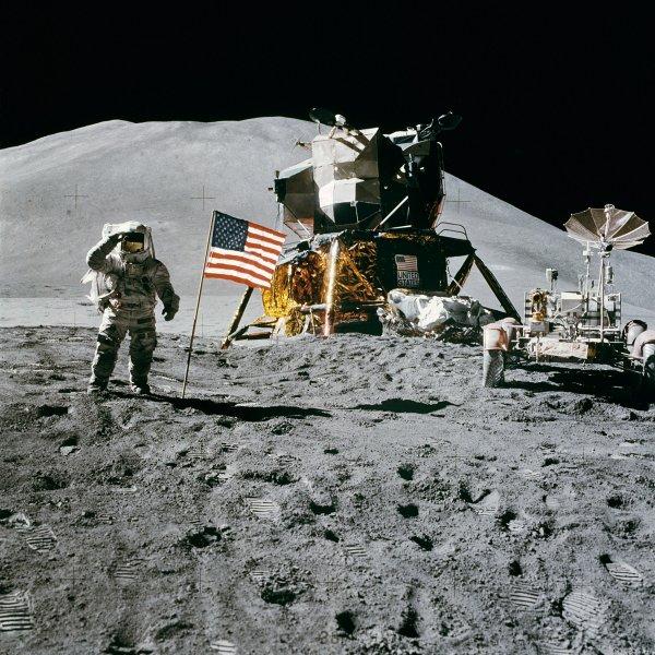NASA опубликовала переговоры с «Аполлоном-11» во время лунной миссии