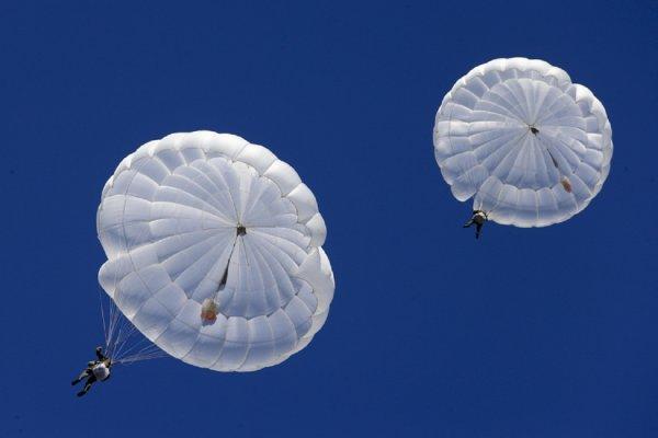 «Ростех» анонсировал парашют «Шанс» для эвакуации людей с небоскребов