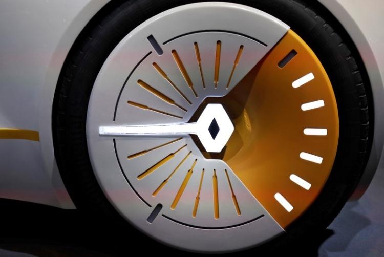 Renault запускает службу каршеринга в Париже вместо Autolib