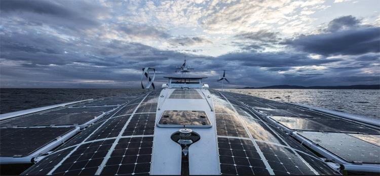 Toyota поддержала проект водородного судна Energy Observer