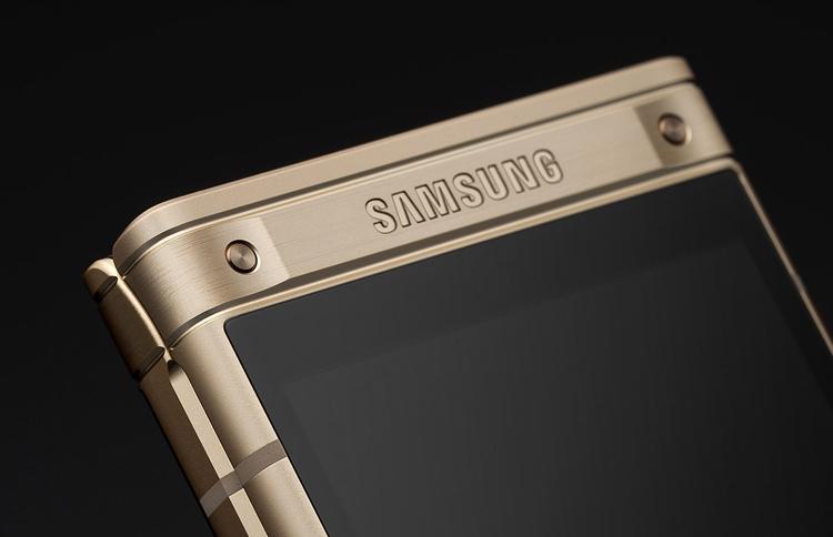 Новому смартфону-раскладушке Samsung приписывают сдвоенную камеру