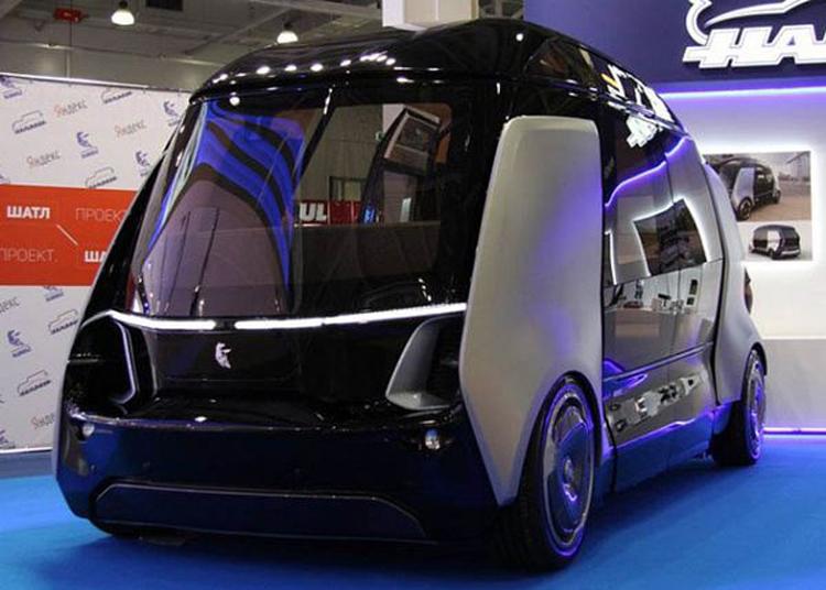 Беспилотный общественный транспорт появится в Москве через 10–15 лет