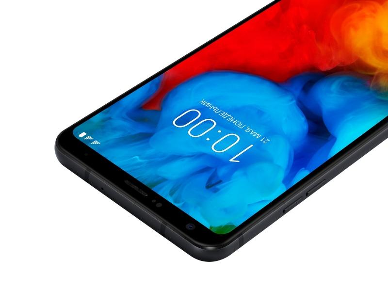 LG Q-серия (2018): объемный звук и прочность