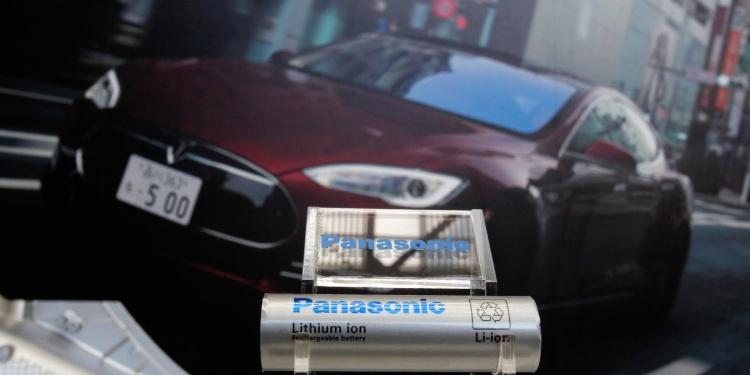 Производитель аккумуляторов для Tesla отказался от поставщика кобальта из-за санкций