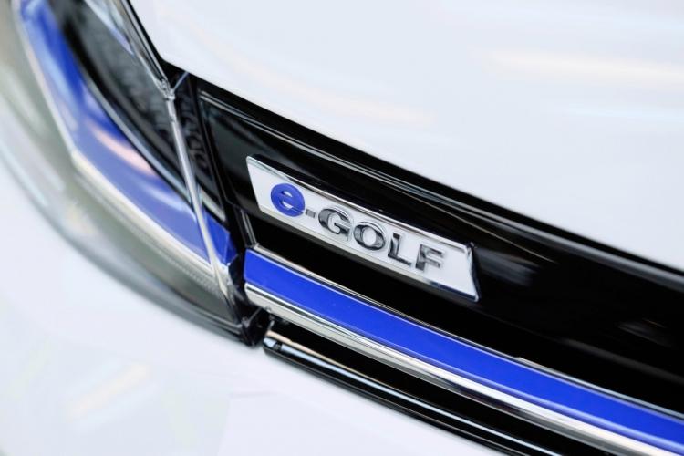 В следующем году Volkswagen запустит в Германии сервис каршеринга WE