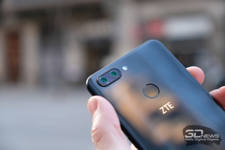 В США отменили запрет на поставку продукции компании ZTE