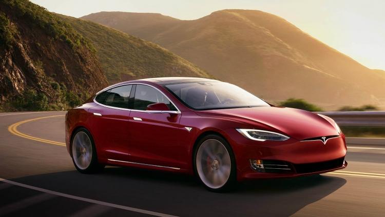 Tesla увеличила цену Model S и Model X в Китае более чем на  000
