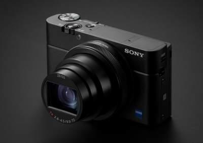 Sony выводит на украинский рынок новую камеру