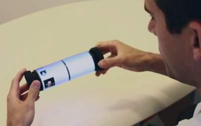Канадцы разработали гибкий сенсорный дисплей