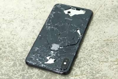 Корпус iPhone XS и XS Max очень хрупкий и не выдерживает падений