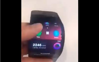Lenovo продемонстрировала в действии гибкий смартфон