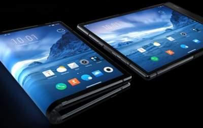 Появились подробные характеристики первого «гибкого» смартфона