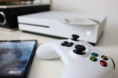 Стало известно, когда новый Xbox One S поступит в продажу