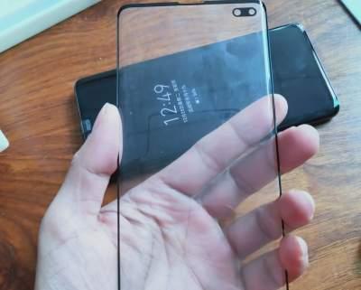 Раскрыты особенности смартфона Samsung Galaxy S10+