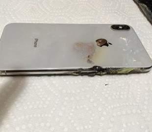В США iPhone загорелся прямо в кармане владельца