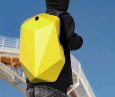 Xiaomi выпустила рюкзак необычной формы